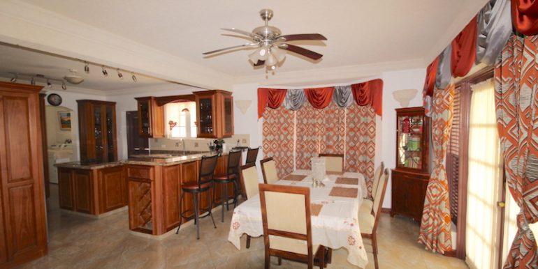 cottage crescent furnished 1